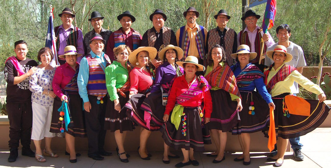"""Grupo Folklórico """"Chile Canta y Baila"""""""